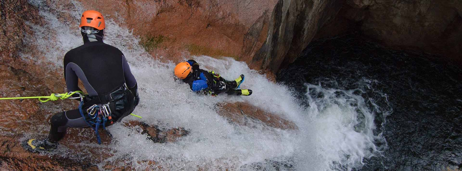 canyoning en c vennes dans l 39 h rault et autour de montpellier. Black Bedroom Furniture Sets. Home Design Ideas