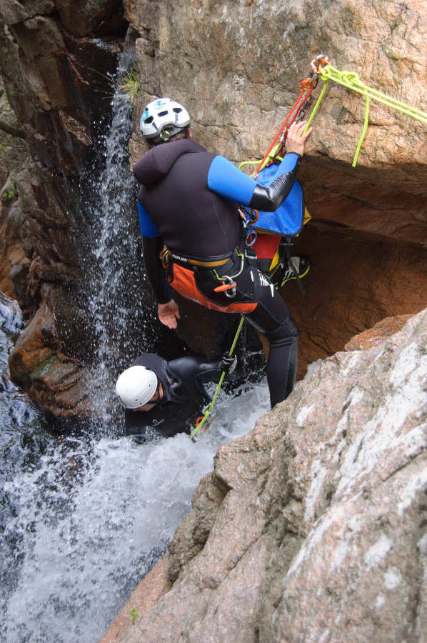 Rappel-Initiateur-Canyoning