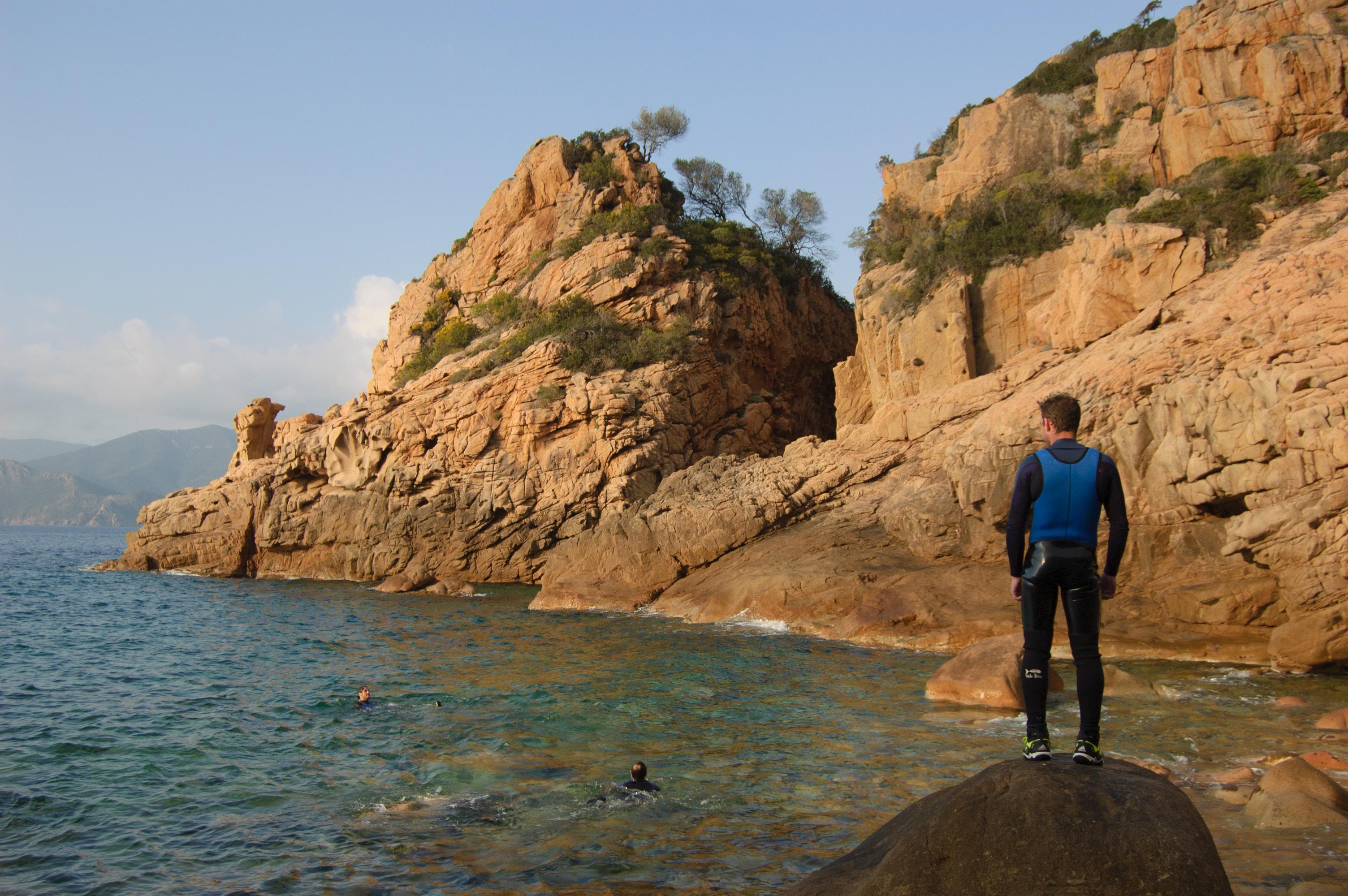 Sortie-en-mer-canyoning-Corse-Dardu